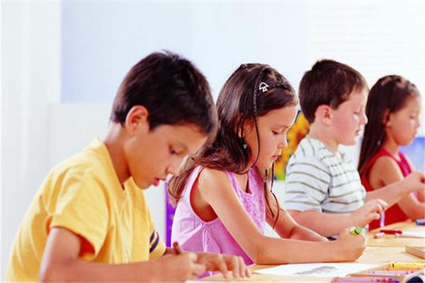 少儿英语培训哪些好?有好的学习方法吗?