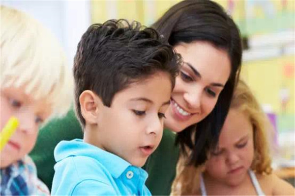 少儿英语教师培训机构:学习好方法分享
