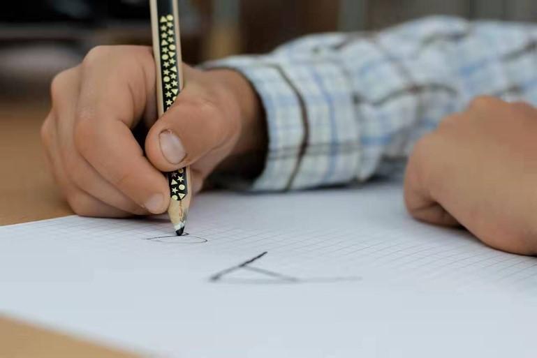 三年级学习英语应该注重什么