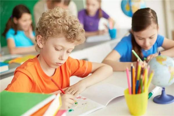 英语培训班少儿学习经验分享